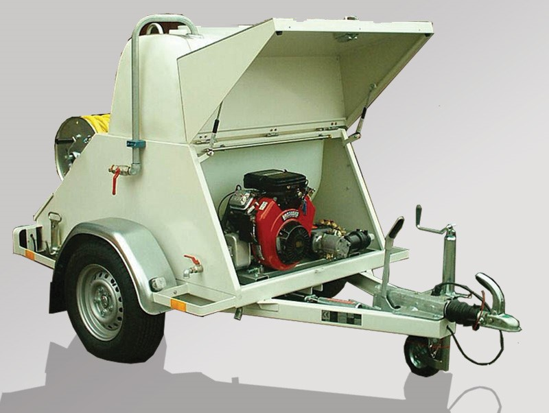 Sewage cleaning trailer