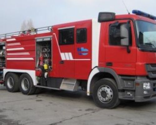 Modern fire fighting vehicle of Water-foam type, was delivered to ''Bosanski brod'' oil refinery Date: 15-12-2009